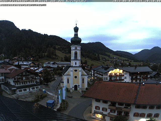 Webcam Kirchplatz in Reit im Winkl